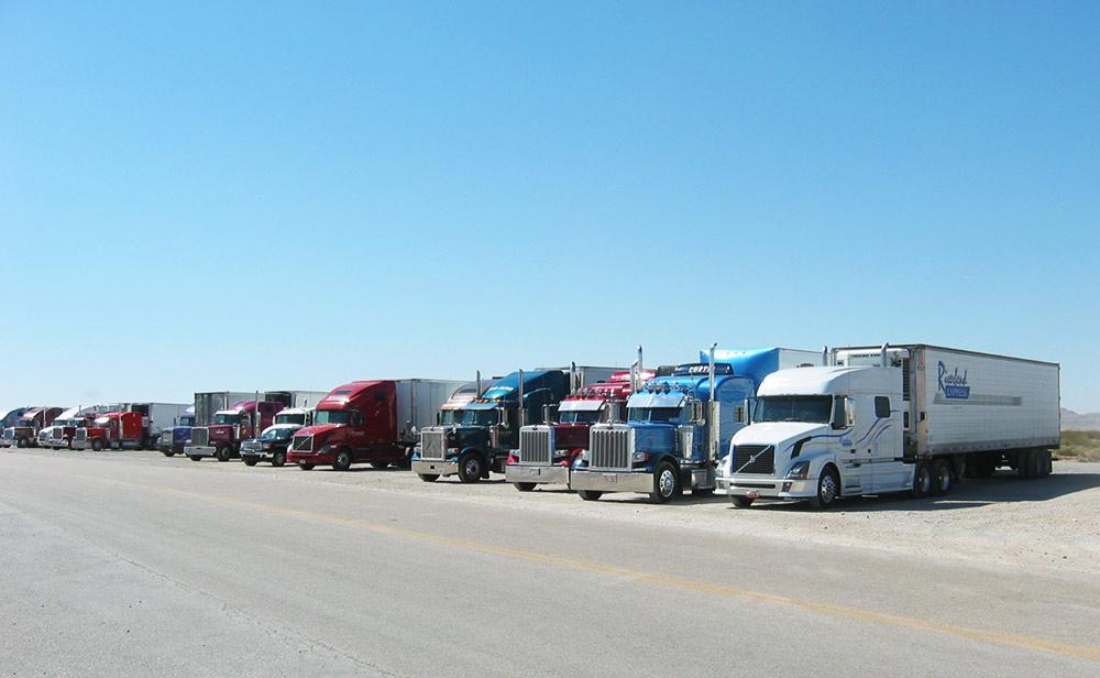 Parcheggio autocarri o furgoni